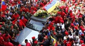 Traslado de los restos de Chávez a la Academia Militar